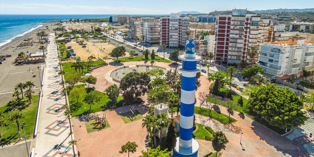Casas de joaqu n torres estilo en costa del sol green9 for Piscina torre del mar